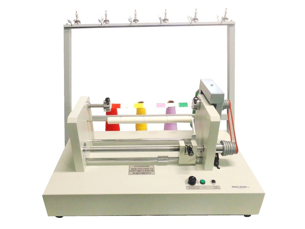 Card-winder-for-yarn-sampling