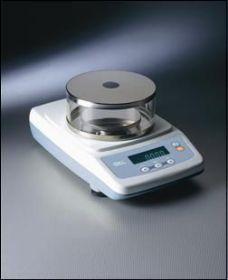 Bilance elettroniche di precisione per titolo filati e grammatura tessuti